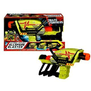 Hasbro Year 2007 Transformers Movie All Spark Series Electronic Weapon Set   Autobot Ratchet Blaster with Lights and Sounds Plus 2 Conversion Modes (Laser and Battle Cannon): Toys & Games
