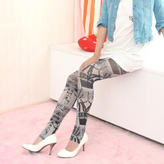 Newspaper print Leggings, Black and White , One Size   59 Seconds