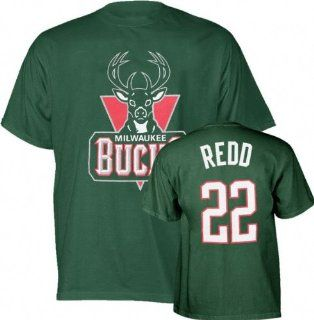Michael Redd Majestic Player Name and Number Green Milwaukee Bucks T Shirt: Sports & Outdoors