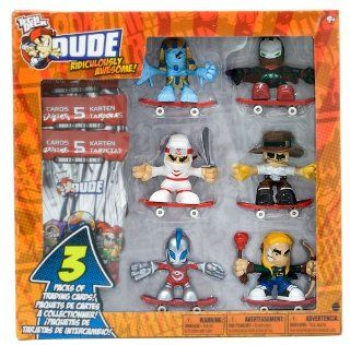 Tech Deck Dude Ridiculously Awesome 6 Figures and Trading Cards W/ #119 Phinger Tut, #016 Superfinger, #019 Nick, #047 Duke, #140 Robosupreme, #157 Archerveld (CM203): Toys & Games