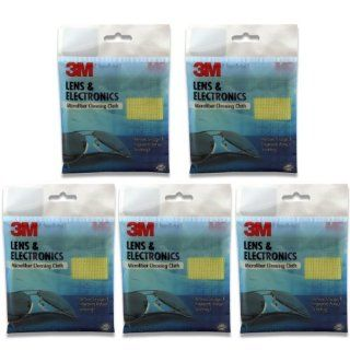 Unique 3M microfibers lift dust and oils from delicate lenses without the use of chemicals   3M Microfiber Lens Cleaning Cloth   Pack of 5