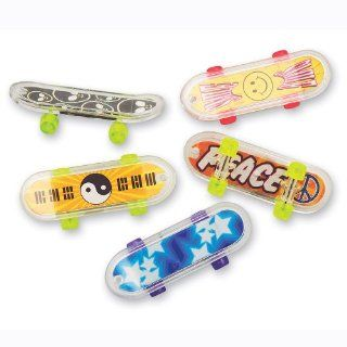 Mini Skateboards 12 pak: Toys & Games