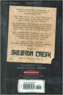 Skeleton Creek (book 1): Patrick Carman: 9781765043549: Books