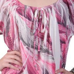 Tressa Designs   Camiseta estampada de mujer, con escote en U Tressa Short Sleeve Shirts