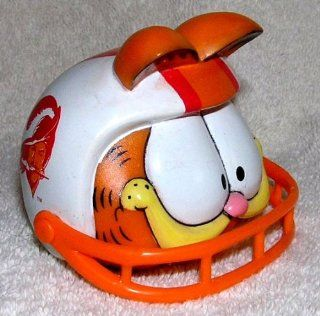 Garfield the Cat NFL Tampa Bay Buccaneers Football Christmas Ornament by Enesco   Sports Fan Hanging Ornaments
