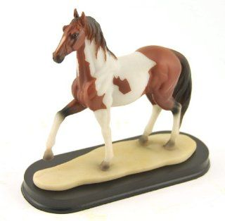 Skewbald Spotted Saddle Horse, Western Collectible Figure, 7 inch   Collectible Figurines
