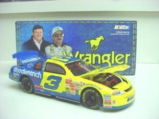 Dale Earnhardt Sr #3 Wrangler Jeans Monte Carlo 1999 Charlotte All Star Race Paint Scheme 1/24 Scale Hood, Trunk Open Action Racing Collectibles Toys & Games